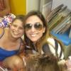 Tatá Werneck visita casa de apoio à crianças com câncer no Rio de Janeiro