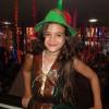 Mel Maia curte o carnaval de Anitta no Bloco das Poderosinhas