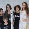 Atores mirins participam de campanha solidária com a Tocha Olímpica no Rio